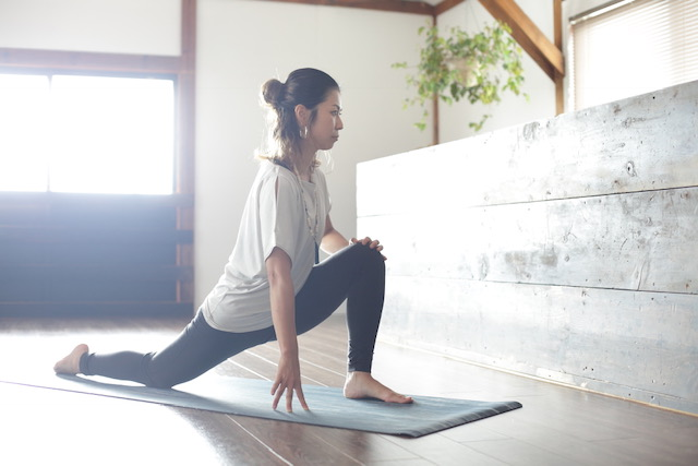 yoga journeyポーズの写真